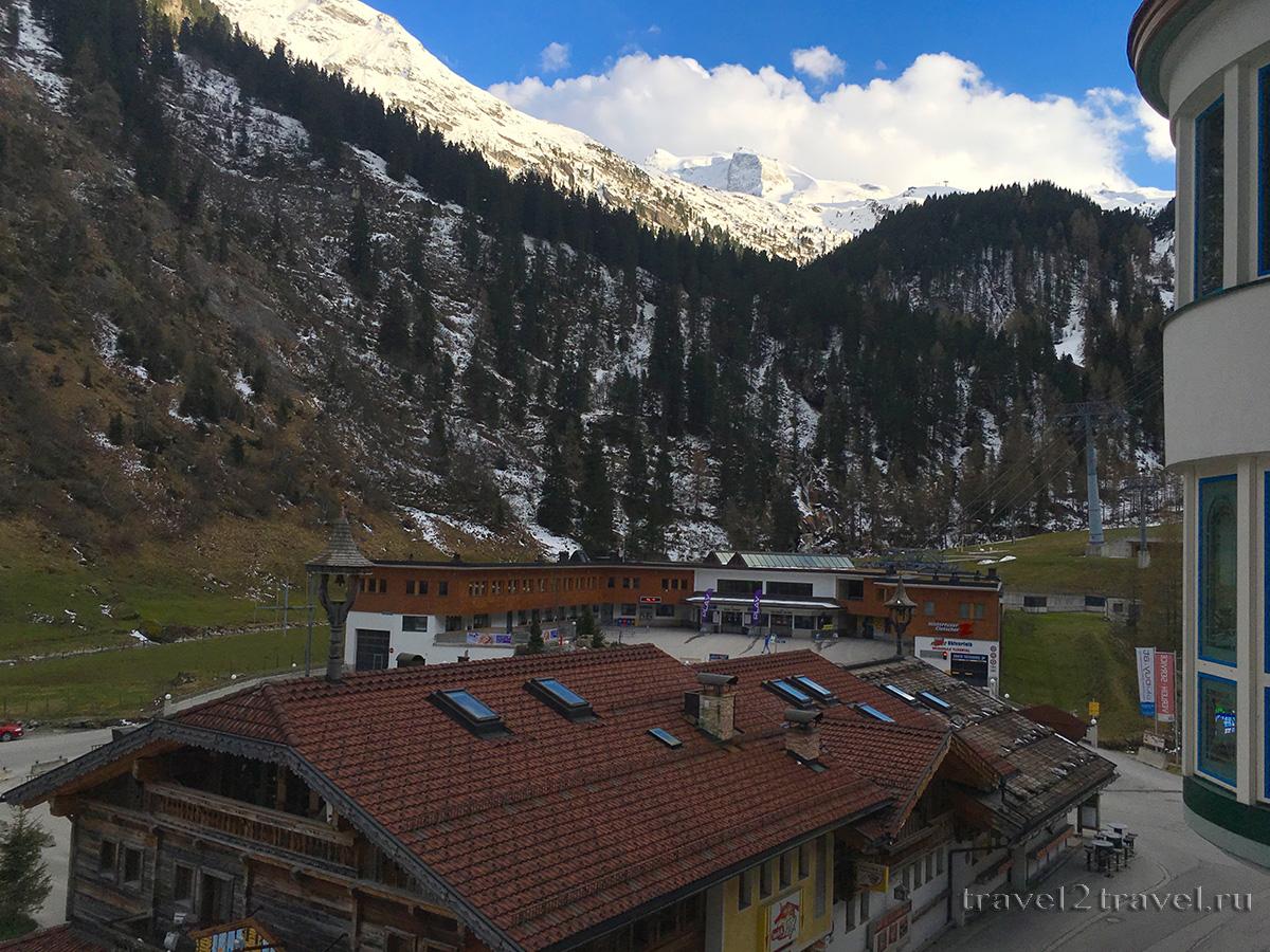 Вид из номера на ледник Хинтертукс из отеля Gletscher & Spa Neuhintertux