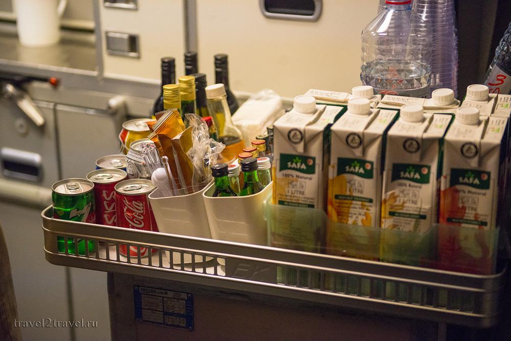 Алкоголь на рейсе Москва-Дубай EK-134 авиакомпании Эмирейтс