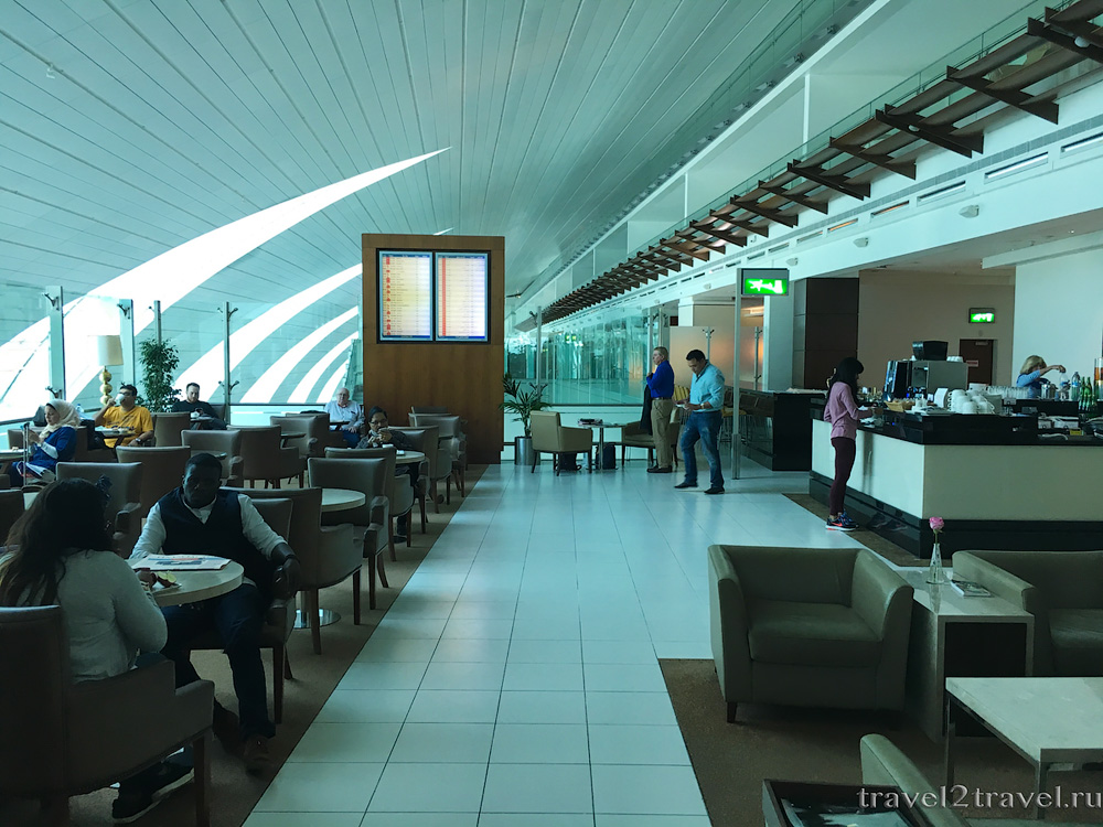 Бизнес-зал Marhaba Lounge, cтыковка в аэропорту Дубая (DBX)