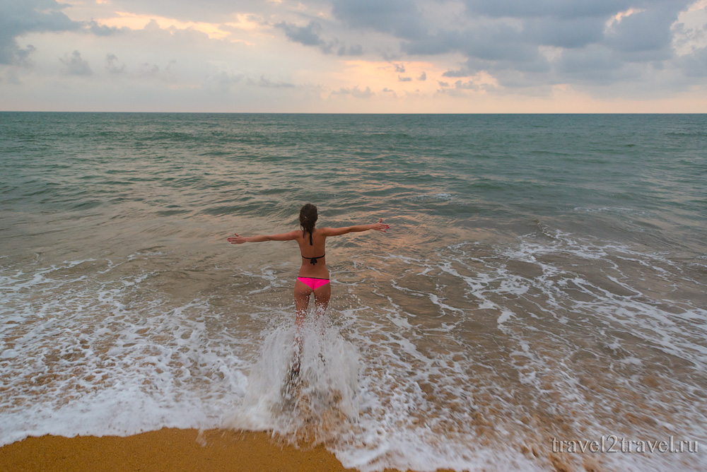 пляж Калутара Шри-Ланка, Kalutara Beach Sri-Lanka волны