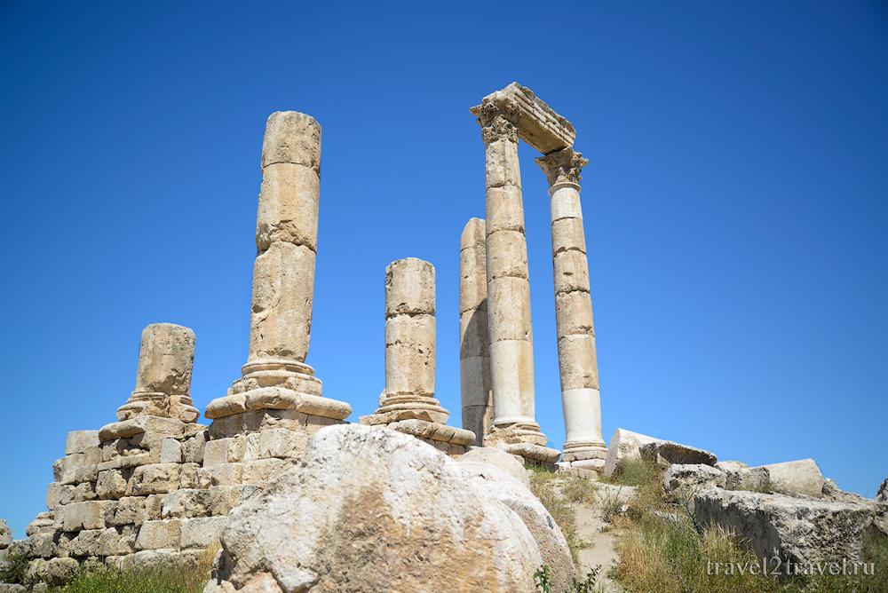 храм Геркулеса (Hercules Temple) цитадель Аммана Jebel-el-Qalaa