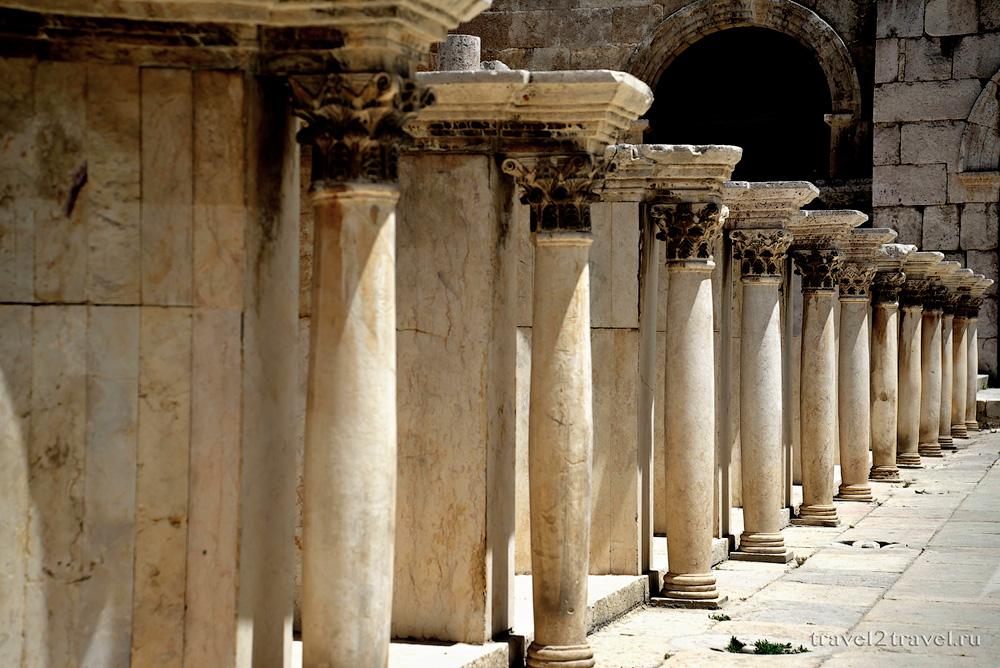 Амфитеатр Аммана колоннада