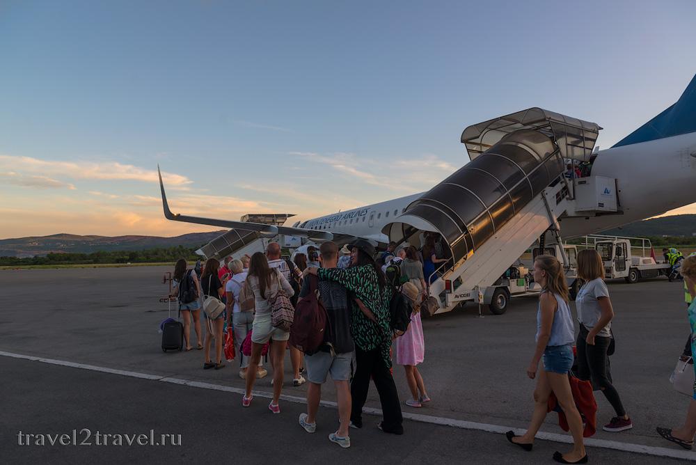 аэропорт Тивата посадка на рейс YM-612 Тиват-Москва Montenegro Airlines отзыв