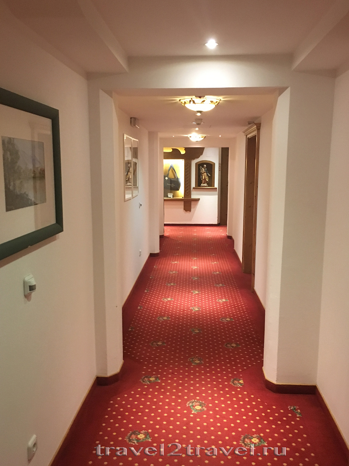 Коридор в отеле Gletscher & Spa Neuhintertux