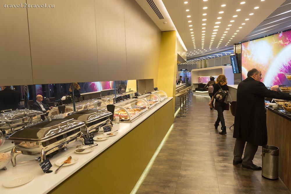 питание в бизнес-зале Космос (Space Lounge) терминала E Шереметьево