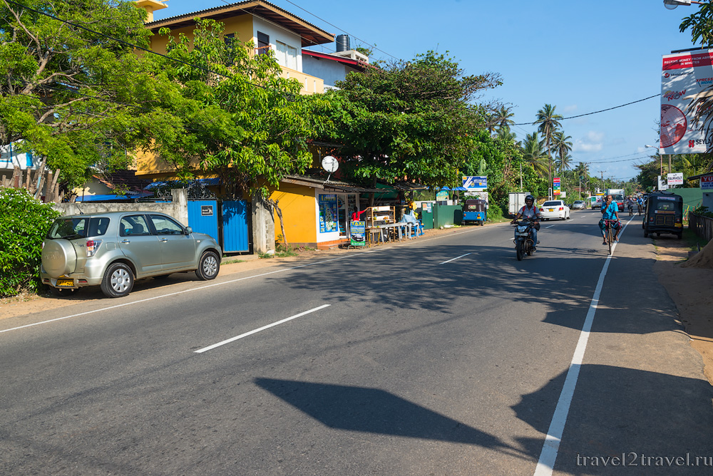 По Шри-Ланке на авто, дорожное движение на Шри-Ланке