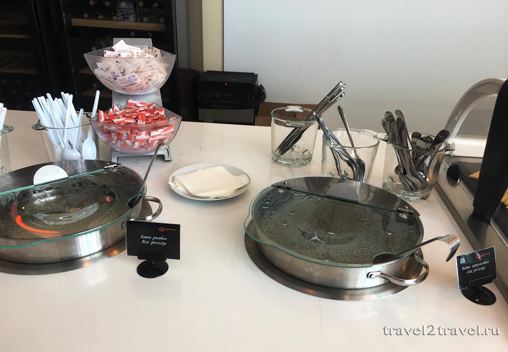 питание в бизнес-зале Галактика (Galaxy Lounge), горячие блюда на завтрак