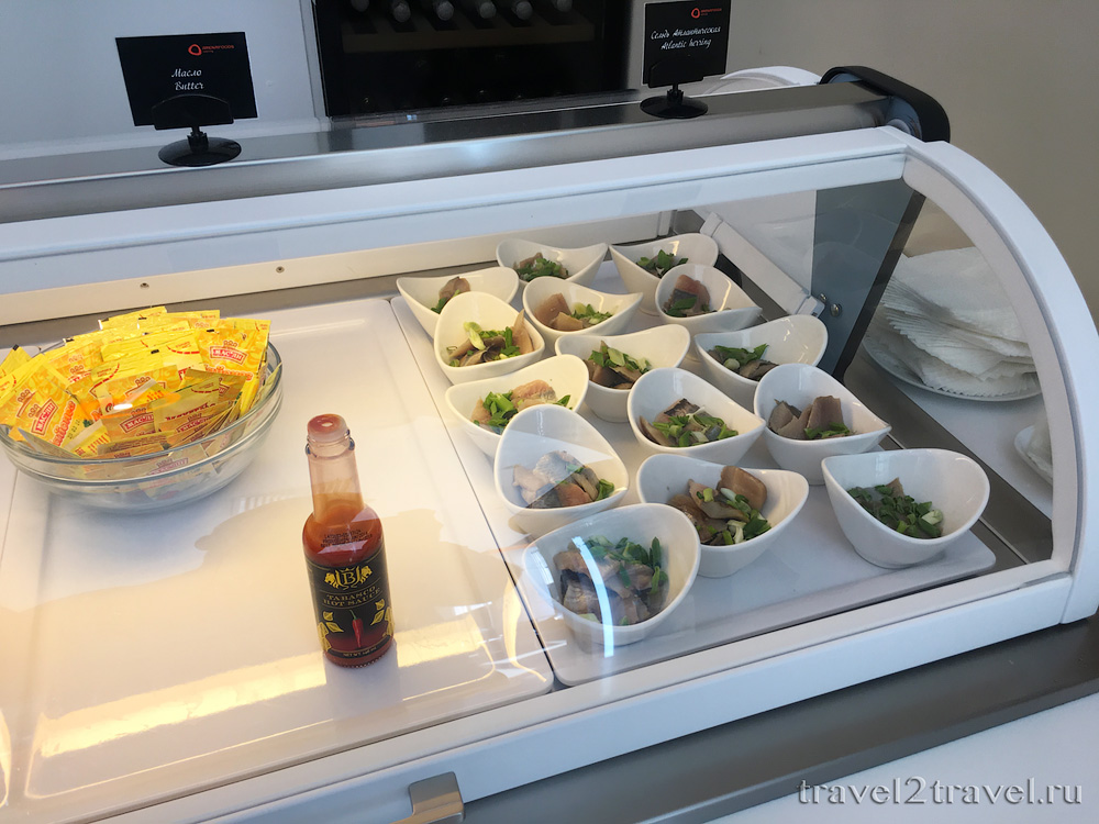 питание в бизнес-зале Галактика (Galaxy Lounge), холодные закуски