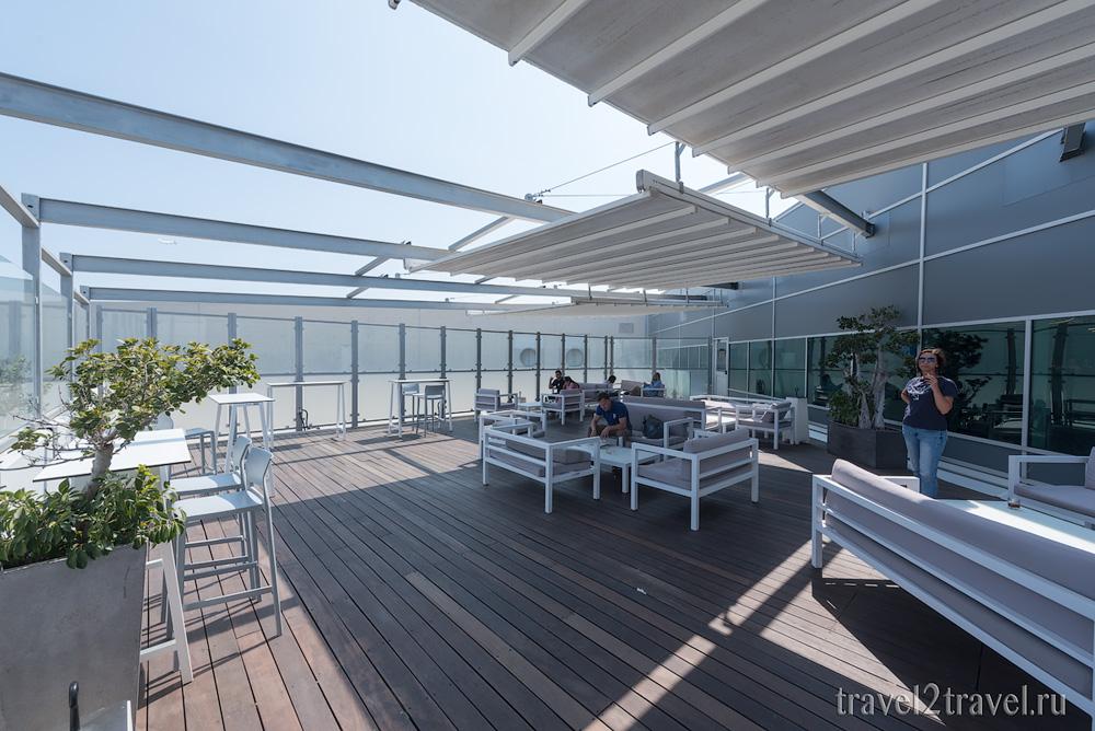 зона для курения (курилка), бизнес-зал в Ларнаке (Larnaca) Aspire Lounge, Кипр, лаунж, vip-зал, аэропорт